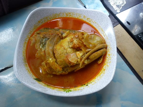 Fish curry, kari ikan